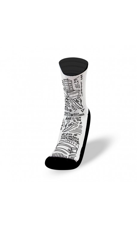 Black and white workout socks KISS MY AIRS | LITHE APPAREL